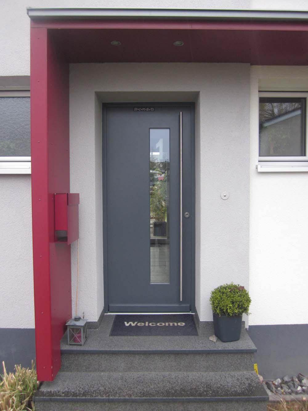 front door at home & From door to door | Day of Patrick Sahle